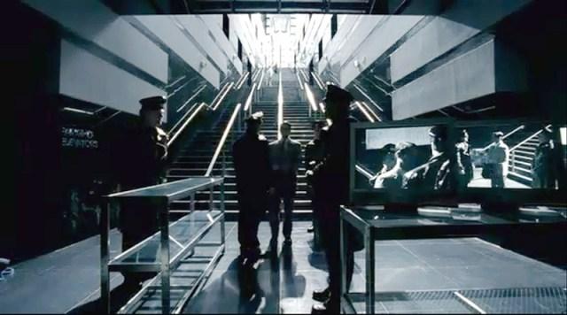 Cypher 2002 ambientación