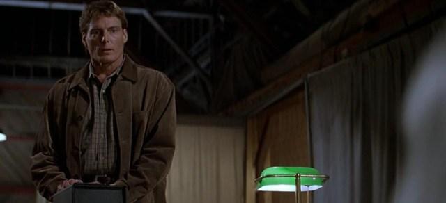 Christopher Reeve en El pueblo de los malditos de John Carpenter