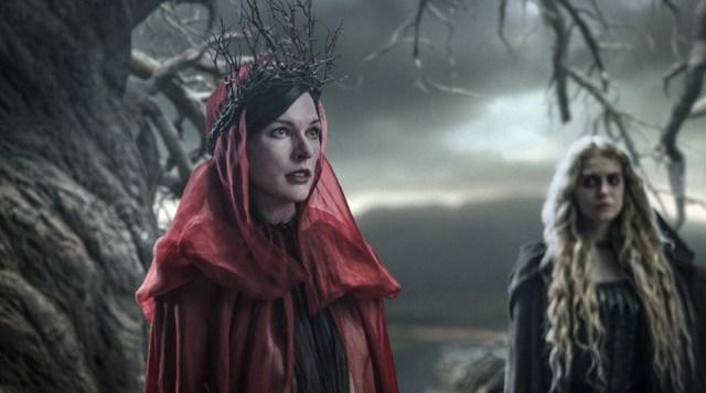Milla Jovovich como la Reina de la sangre.