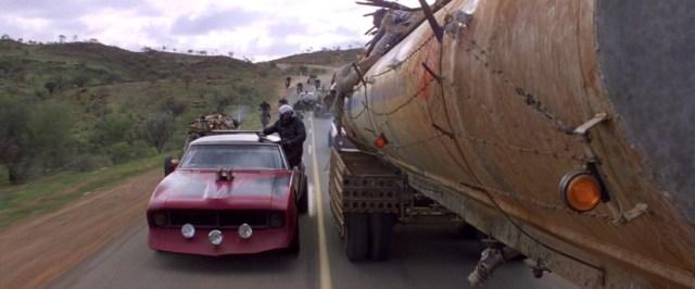 Una de las escenas más peligrosas de Mad Max 2.
