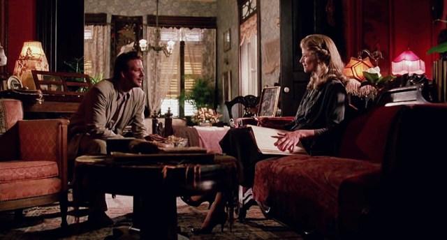 Mickey Rourke y Charlotte Rampling En El corazón del ángel.