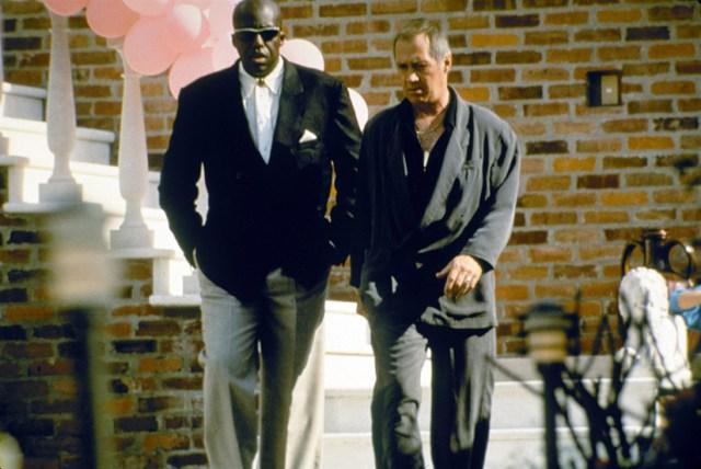 Bill Duke y David Carradine en Dos pájaros a tiro.