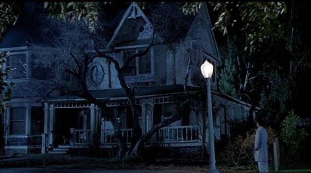 No matarás... al vecino (The 'Burbs), de Joe Dante. La casa de los Klopek.