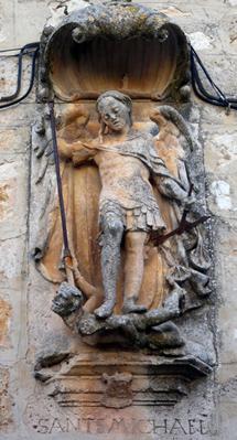 San Miguel pisoteando a un judío