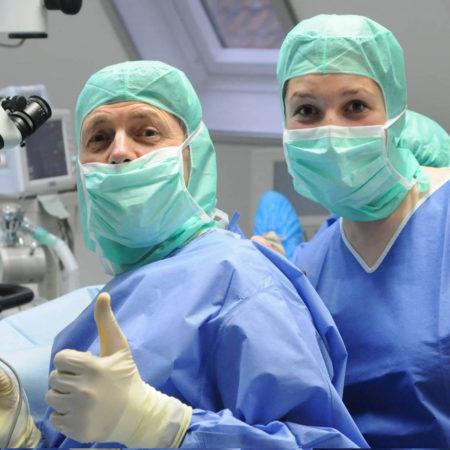 Augen OP durch Augenarzt
