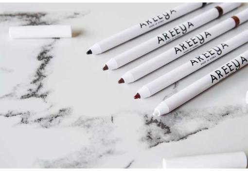 01_detail_areeya_super_fast_waterproof_eyeliner_pencil
