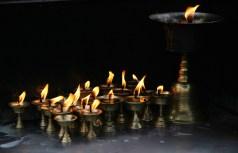 Velas de mantequilla de Yak en templo budista