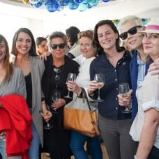 Lourdes, Teba Seijas, Ann, Heather, Carmen, Violeta y Sam Foto: © La Siesta Press | J. Fernández Ortega