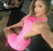 Hermoso vestido rosado de Paola Usme