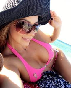 Mañana en la playa Esperanza Gómez