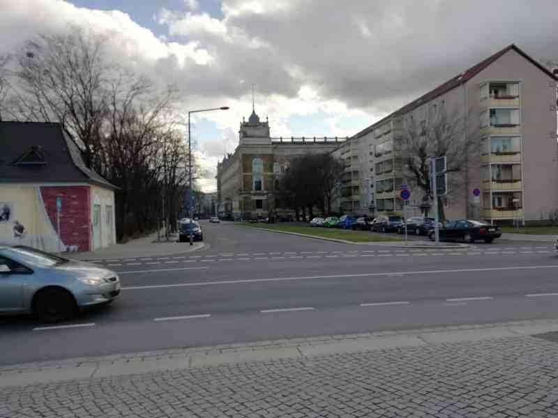 Blick von der Albertbrücke zum Sachsenplatz