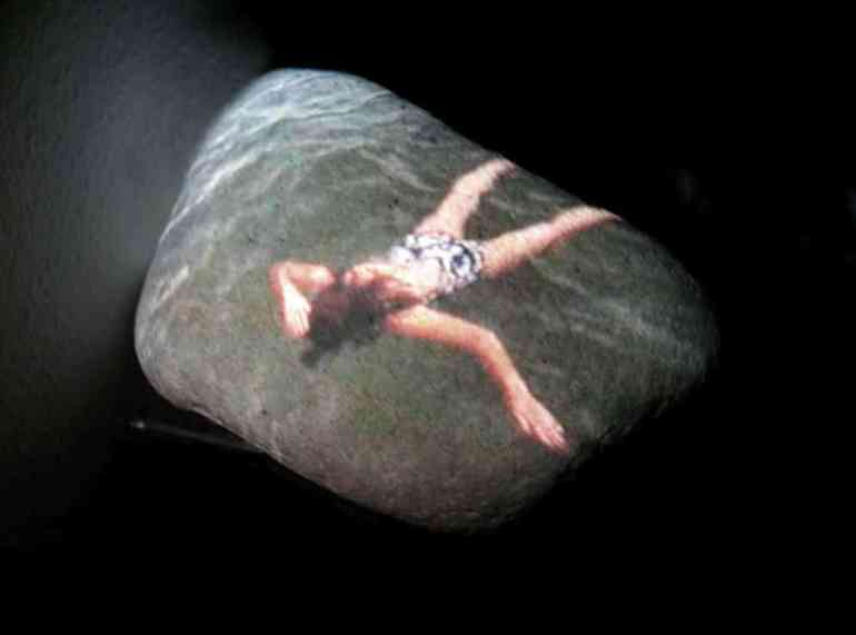 Canto rodado. Els banyets. Paloma Navares