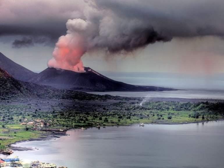 tavurvur en erupción