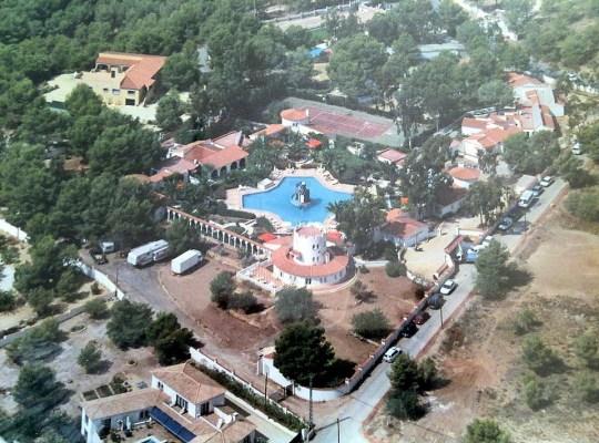 Vista aérea de la Clínica Torres de San Luis - lasociedadsupersecreta.com