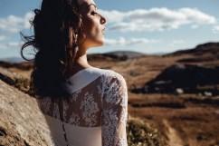 robe-de-mariee-creatrice-caroline-quesnel-collection-2017-lasoeurdelamariee-blog-tendance-mariage