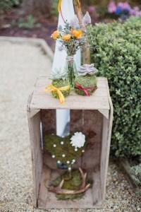 Décoration de mariage avec une caisse