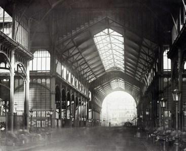 Interno delle Halles Centrales.