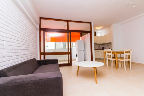 For sale: One bedroom, fully refurbished apartment on Secretario Artiles street close to Las Canteras beach in Las Palmas de Gran Canaria