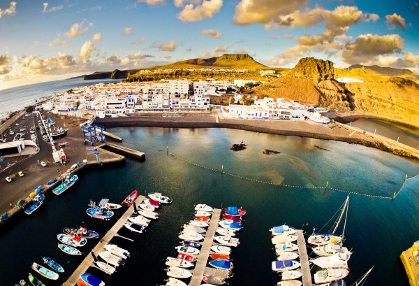 Agaete property guide: Puerto de las Nieves village with its pebble beach and harbour