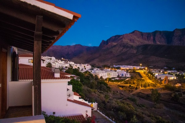 Agaete property guide: La Suerte is full of houses with balconies, gardens and superb views of the Agaete Valley