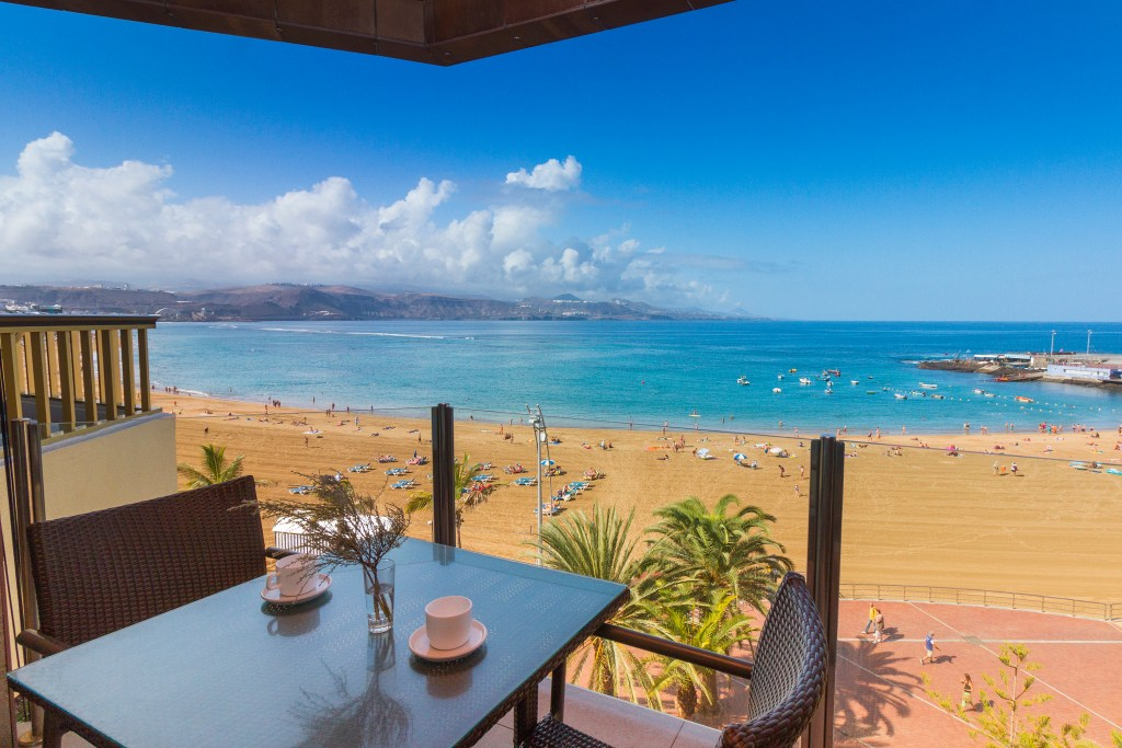 For sale: Beachfront Las Palmas apartent with two bedrooms and terrace