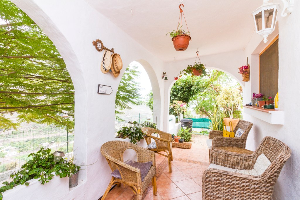 For Sale: Four bedroom house at La Suerte in the idyllic Agaete Valley in Gran Canaria