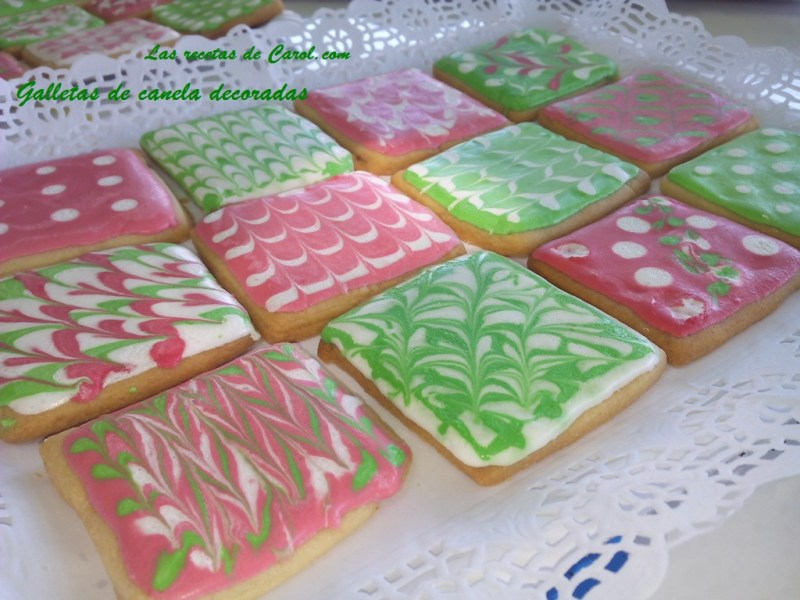 Galletas decoradas verdes y rosas