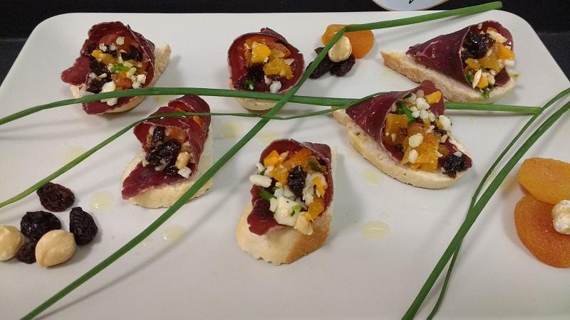 Cono de Cecina, queso y frutos secos
