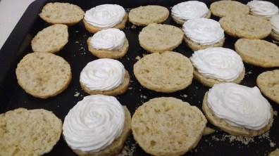 Scones con crema de yogur (6)