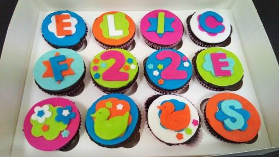 Cupcakes de chocolate decorados
