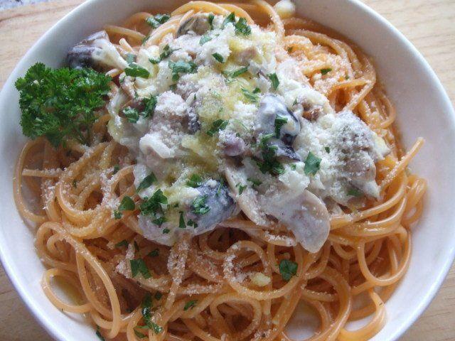 Recetas – Spaghetti al peperoncino con salsa de setas variadas