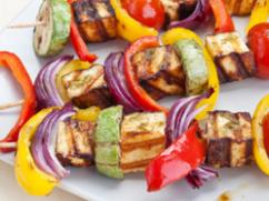 Recetas – Brochetas de verduras y queso