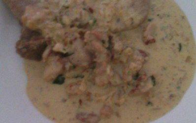 Recetas – Guiso de pollo a la crema y vino blanco