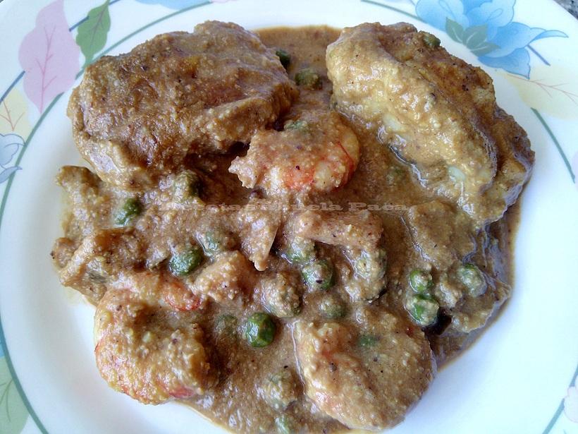 Bacalao fresco con mariscos y salsa de frutos secos0 (0)