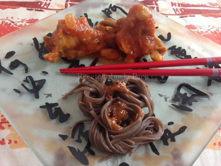 Conejo Sichuan con fideos soba0 (0)