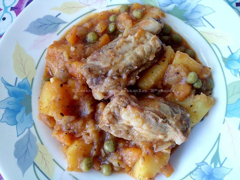 Costillas con patatas y verduras0 (0)