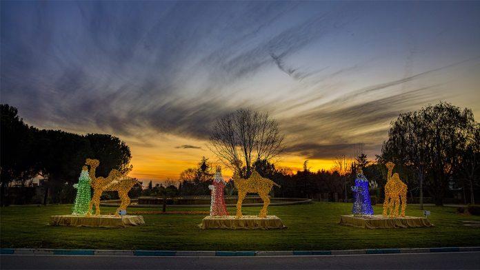 Reyes Magos iluminados