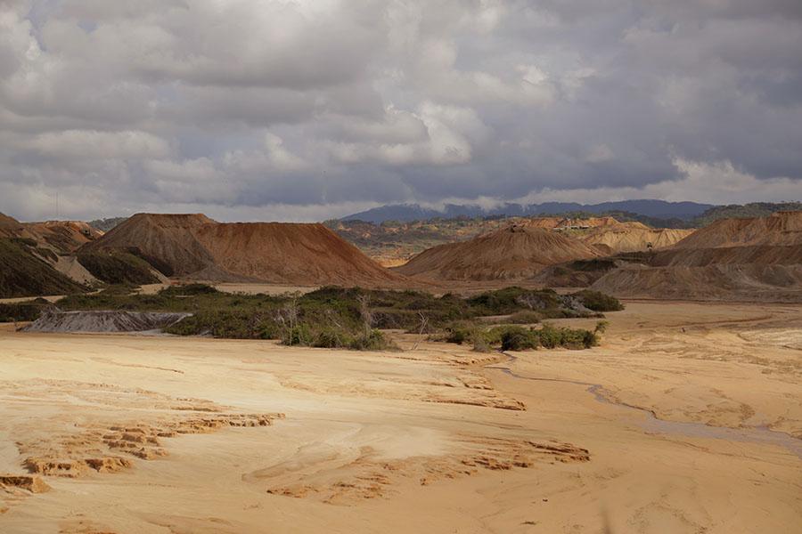 Perú – minería ilegal en Huepetuhe. Foto: Audrey Cordova