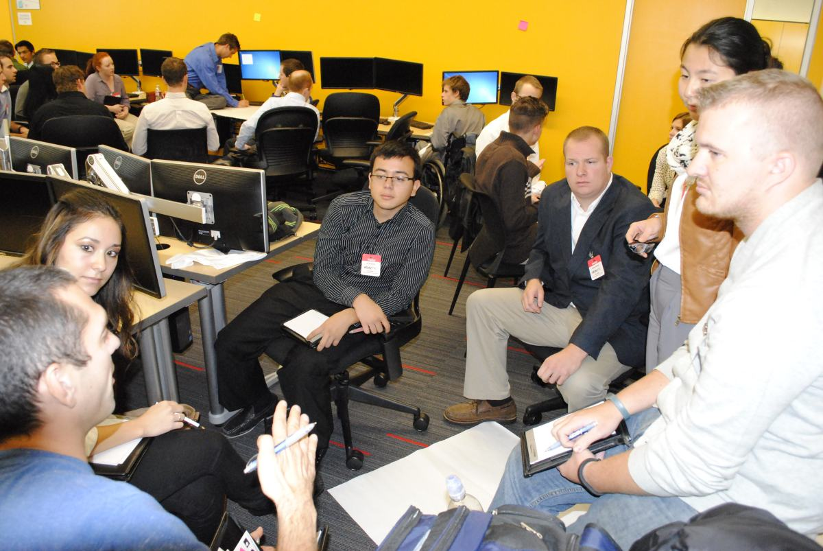 Lassonde's Meetups are a networking event for multidisciplinary students to interact with their peers.