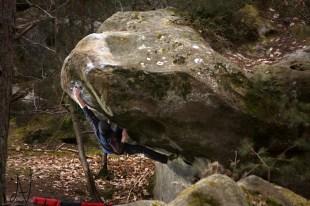 Fontainebleau boulder mantle Font Bleau