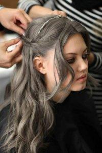 Пепельный, серый цвет волос | Пепельные волосы: русый ...