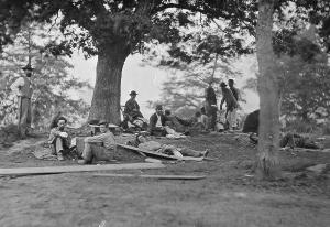 2-Wounded-Soldiers-Maryes-Heights-Fredericksburg
