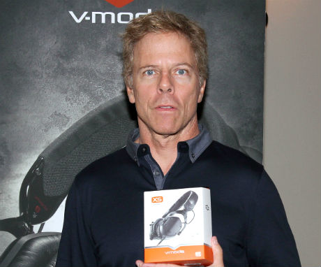 Greg Germann V-mod