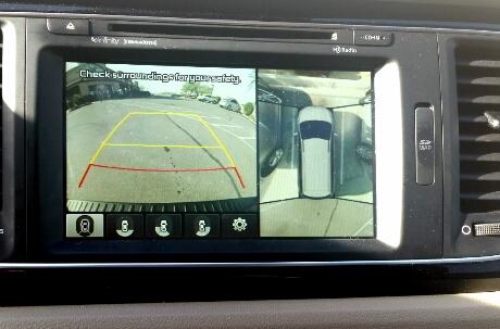 The Kia Sedona provides 360-degree camera views