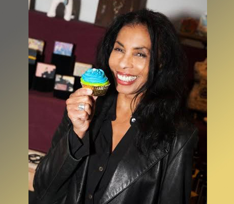 "Khandi Alexander of ABC's ""Scandal"" (Maya Pope) with Soapybliss"