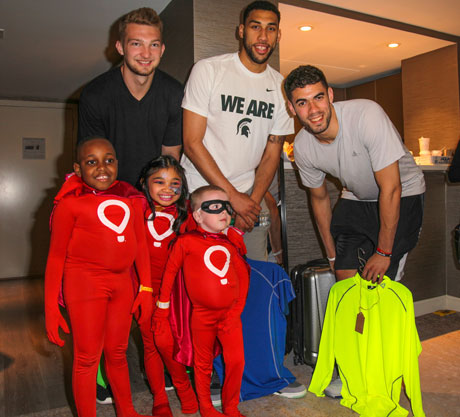 Basketball stars Domantis Sabonis, Denzel Valentine & Georges Niang with Miracle Kids Shemar, Angelica and Maverick. Photo by Igor Spektor