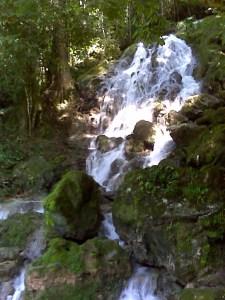semuc cave waterfall