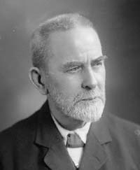 """Sir James George Frazer (Glasgow, 1º gennaio 1854 – Cambridge, 7 maggio 1941) è stato un antropologo e storico delle religioni. Celeberrimo il suo saggio """"Il ramo d'oro"""""""