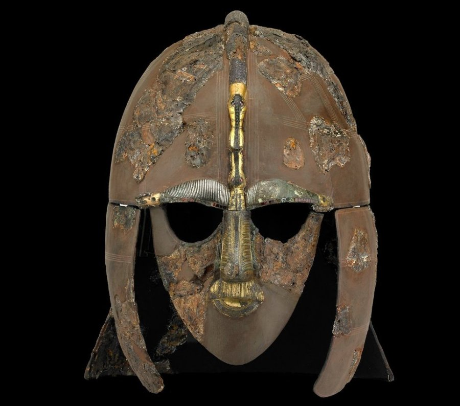Elmo di Sutton Hoo