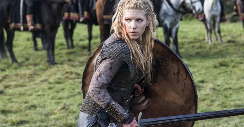 L'attrice Katheryn Winnick nei panni di Lagertha nella serie televisiva Vikings